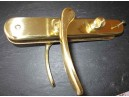Poignée de porte avec verrou en laiton