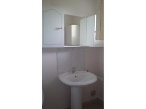 Vasque robinet meuble miroir salle de bain