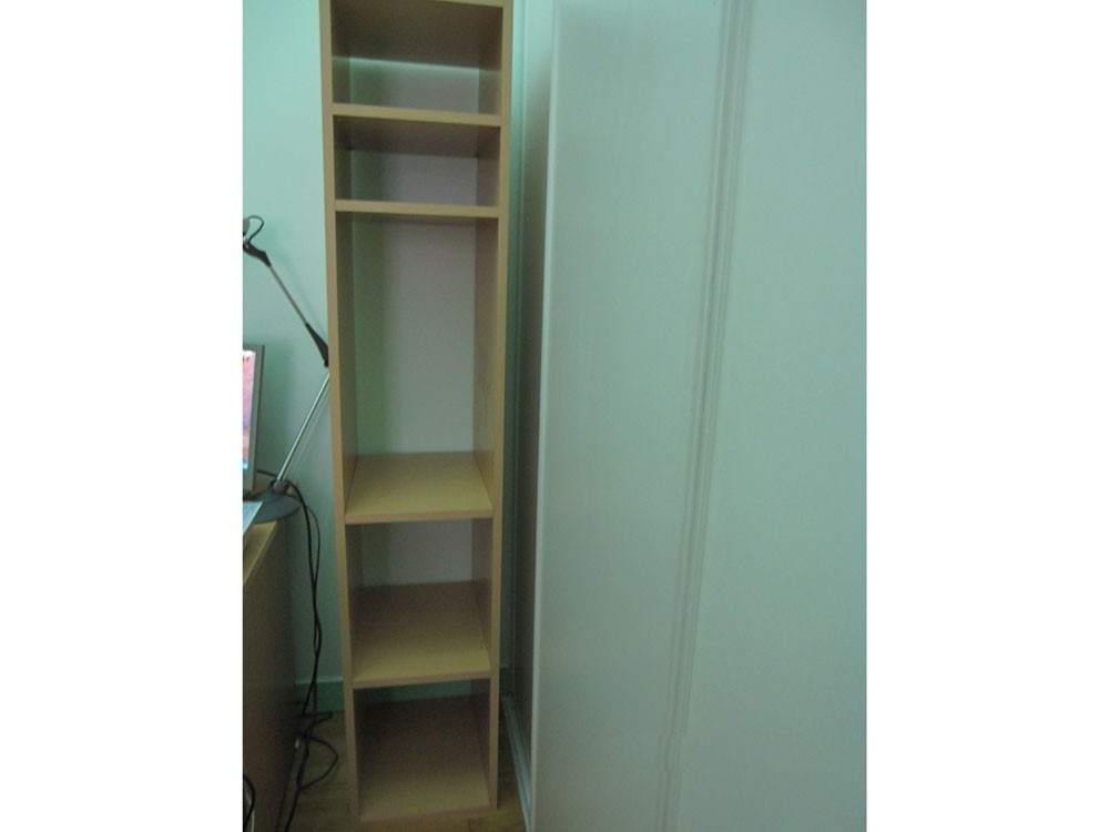 meuble colonne en bois clair h tre sans fond le bon coin antony 92160. Black Bedroom Furniture Sets. Home Design Ideas
