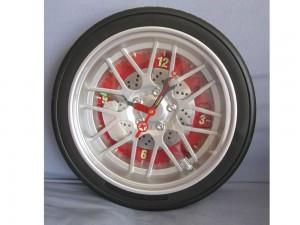 Pendule en forme de roue