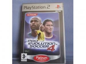 PES 4 (Pro Evolution Soccer)