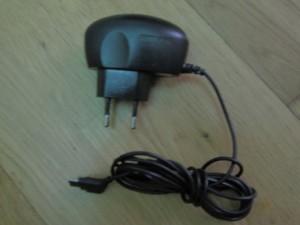 Chargeur pour téléphone portable Samsung D-840