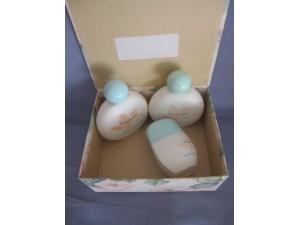 Magnolia  Lait parfumé pour le corps et  Bain crème parfumé  et Gel douche parfumé