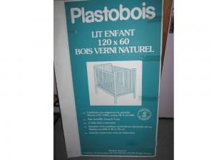 Lit enfant 120 x 60 bois verni naturel Plastobois