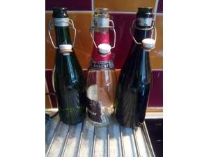 Lot de 3 bouteilles en verre collector avec bouchon en céramique